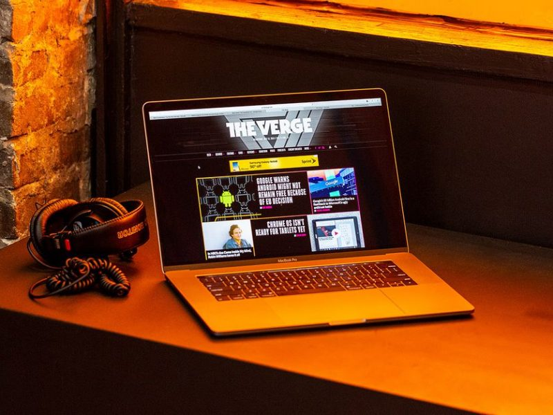 Best Buy's one-day sale knocks as much as $1,500 off the 15-inch MacBook Pro